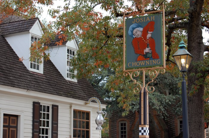 2. Chowning's Tavern and Restaurant