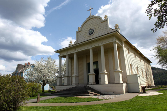 6. Mission of the Sacred Heart, Cataldo