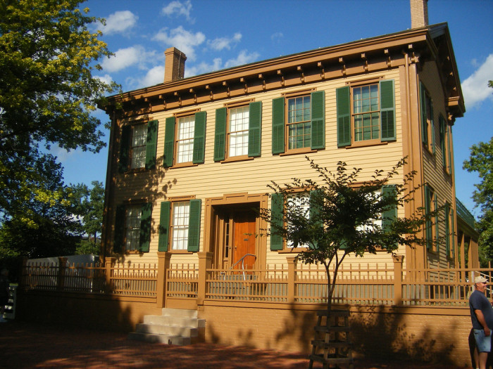 9. See Lincoln's home.