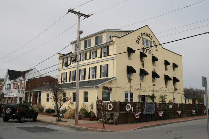 D. Crabby Dick's, Delaware City