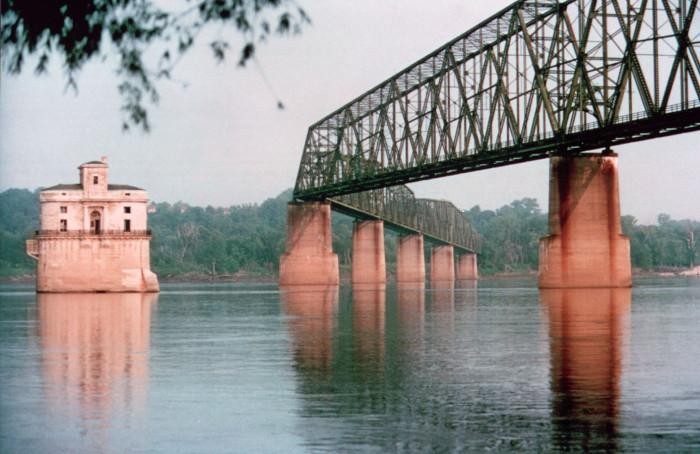 5.2. Chain of Rocks Bridge, St. Louis
