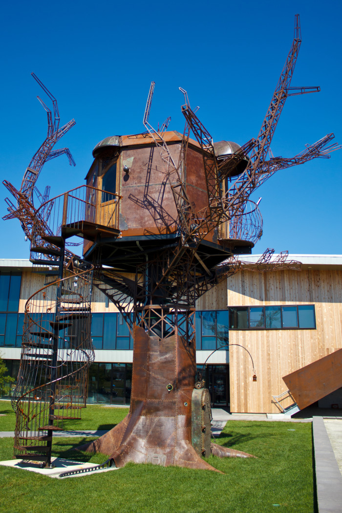 10. Dogfish Head Brewery Steampunk Treehouse, Milton