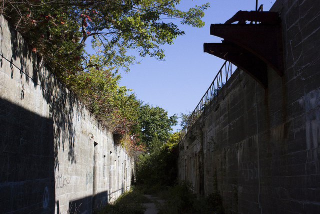 2. Fort Wetherill, Jamestown. Located on the rocky cliffs of stunning Jamestown is  this creepy abandoned military fort.