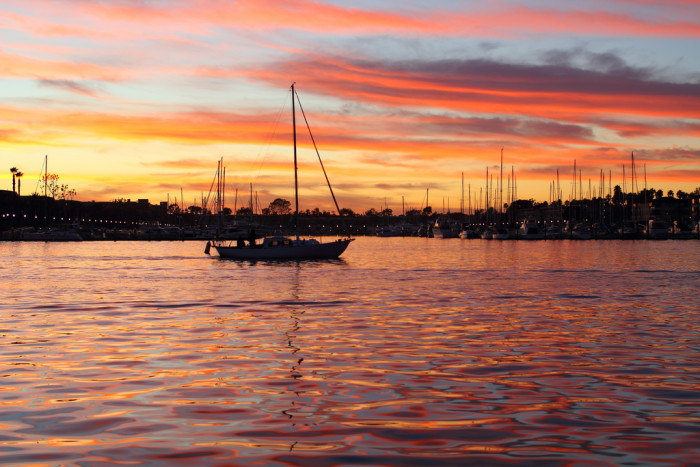 4.  A Marina Del Rey sunset while boating sounds like a nice way to end the day.