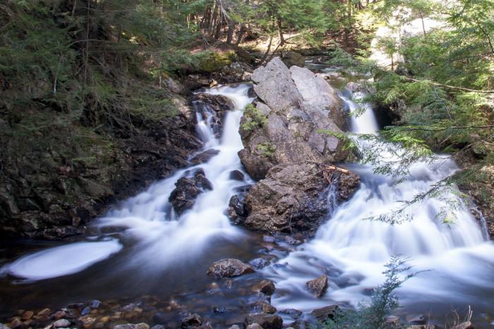 1. Bear's Den Falls, New Salem