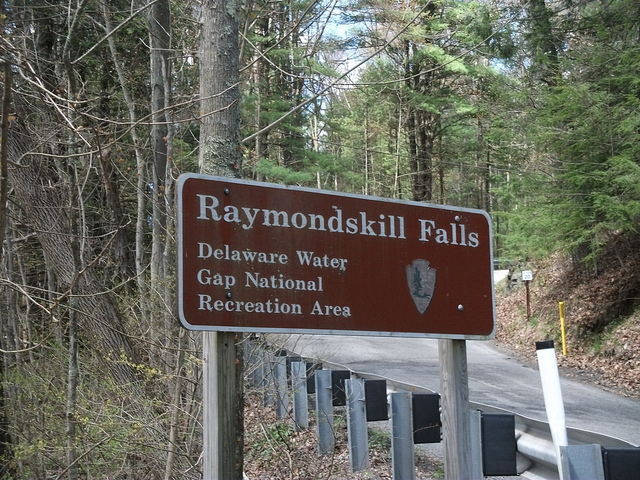 When you enter the trail, you'll find a clearly marked sign beckoning you...