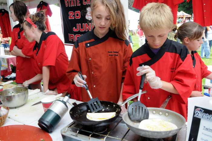 Watch some fresh cooking demonstrations.