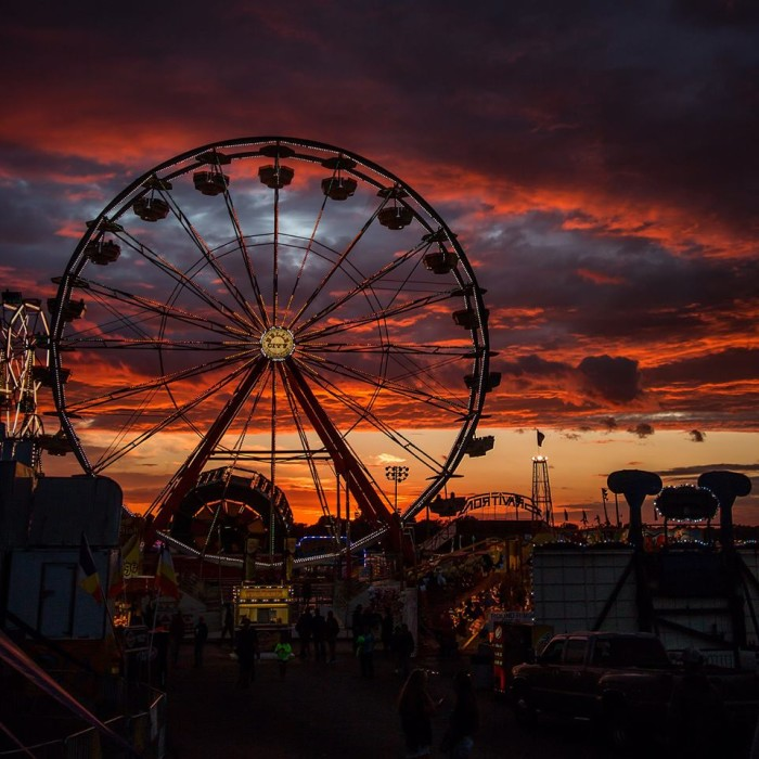 6. And the sunset skyline at the Iowa State Fair is one of the most magical sights you'll ever see.