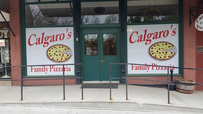 6.Calgaro's Family Pizzeria, Cole Camp