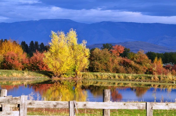 15. A mesmerizing autumn view in Eastern Oregon: