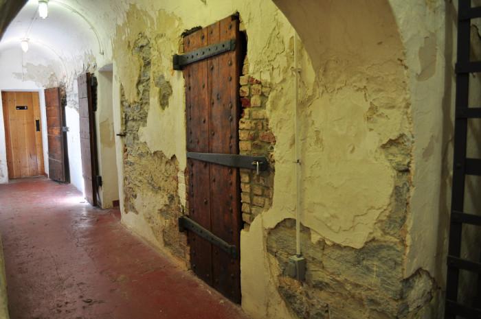 A corridor in the prison.