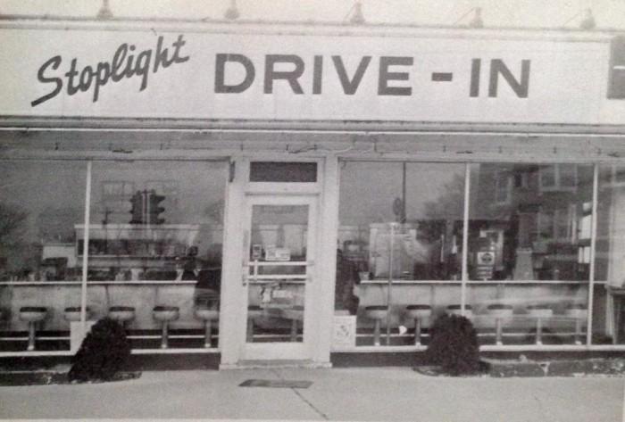 7.Gordon's Stoplight Drive-In, Crystal City