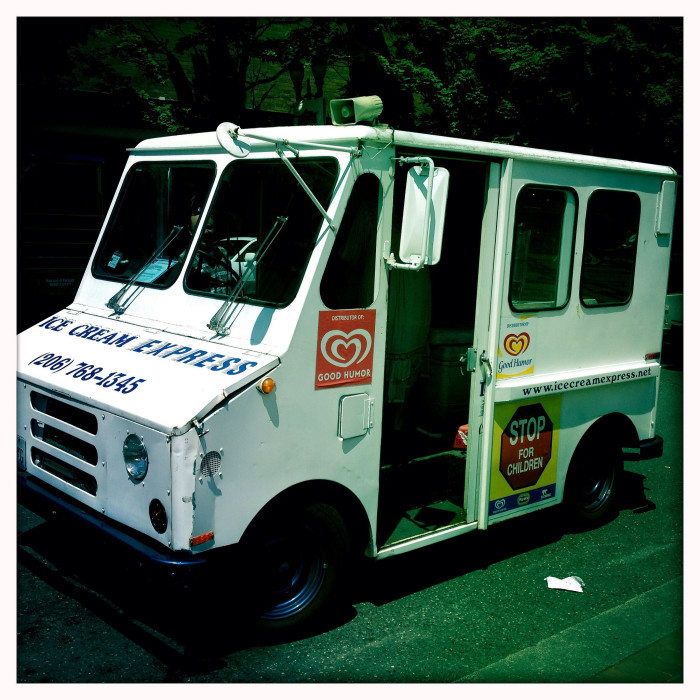 4. Hurry! The ice cream truck is here!