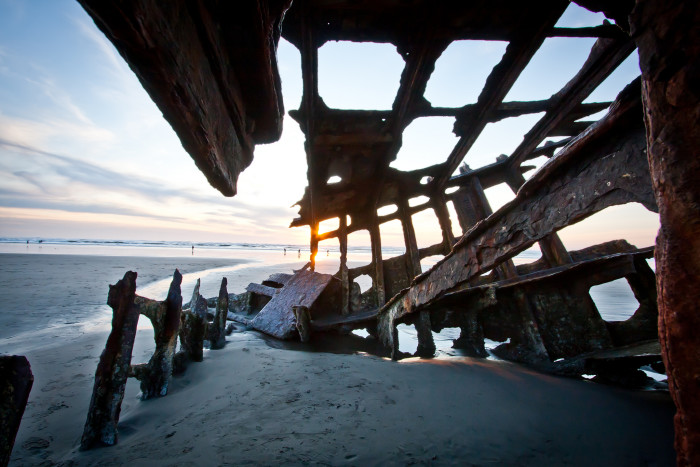 10. The amazing ruins of the shipwrecked Peter Iredale in Hammond: