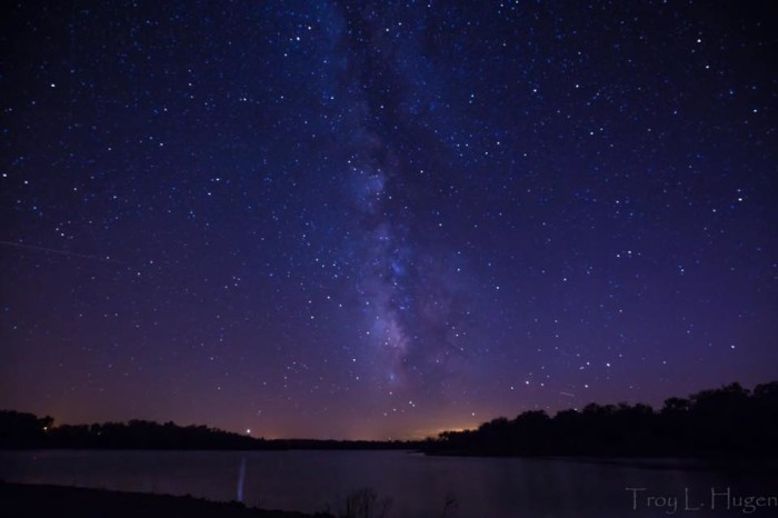 8. Or this star-speckled night sky reflected onto the lake below.