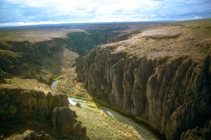13. The Owyhee Canyon from above