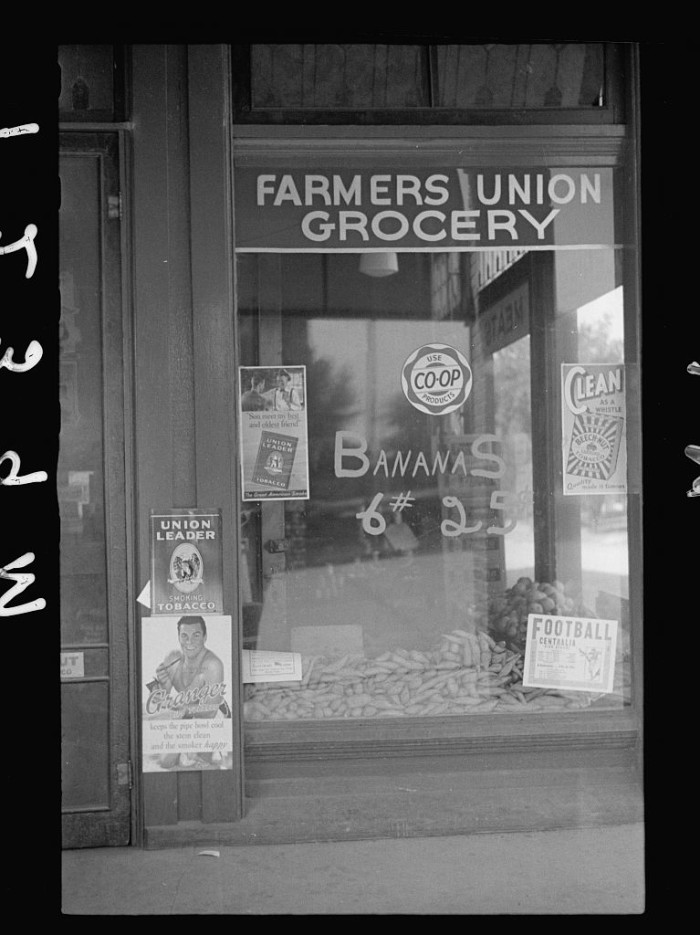 "10. ""Farmer's Union Coop grocery store, Centralia, Kansas. This cooperative has received a loan from the FSA (Farm Security Administration)."" (1938)"
