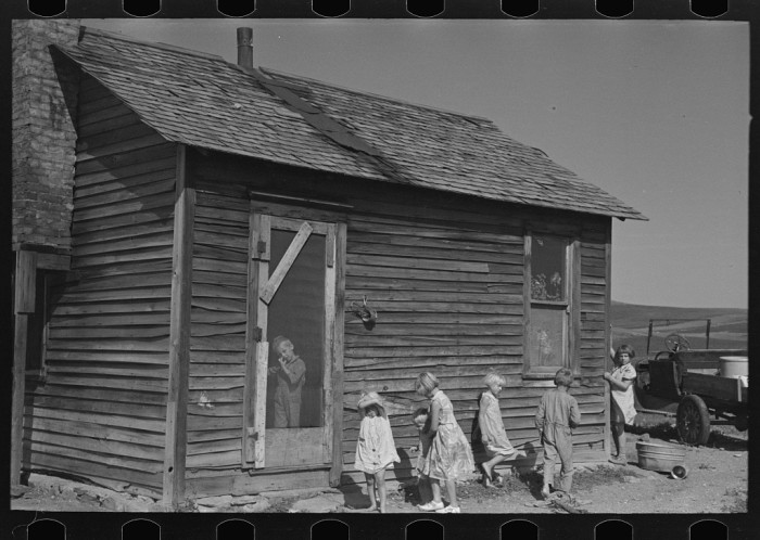 "1. ""Children in front of Olaf Fugelberg's farmhouse. Williams County, North Dakota"""