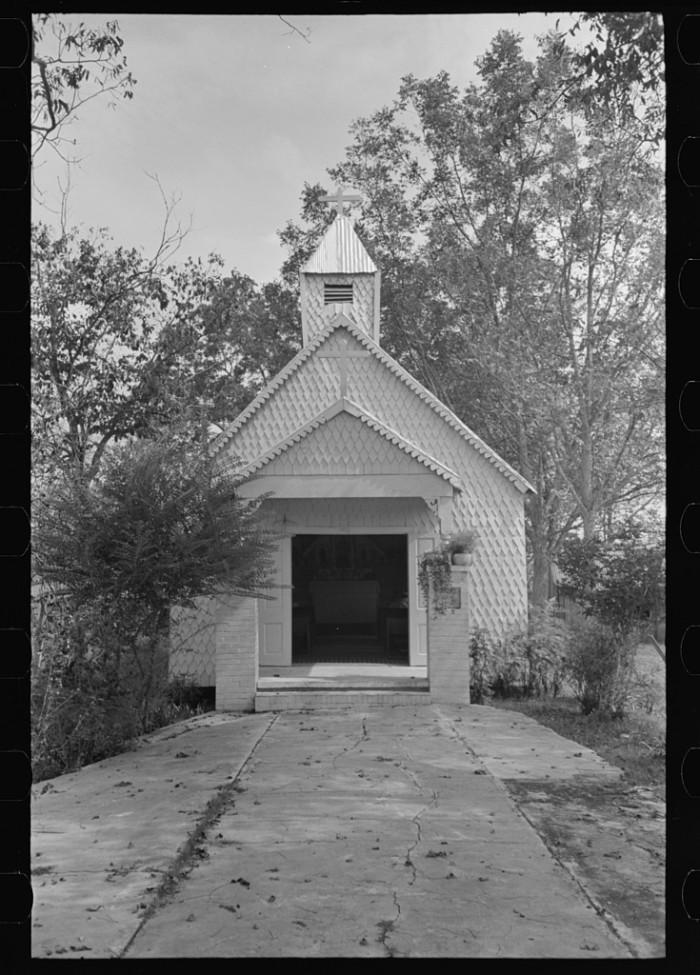 2. Chapel near Donaldsonville