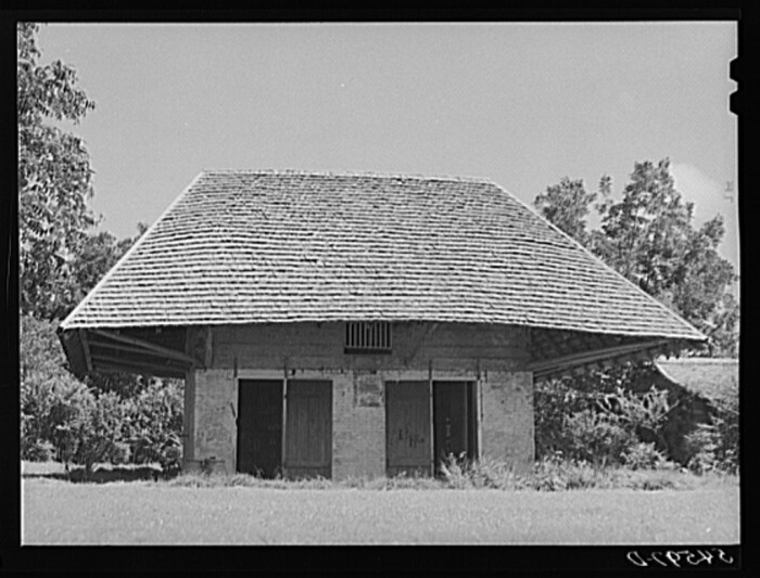 """2. Melrose, Natchitoches, Parish, Louisiana. """"African"""" house,"""