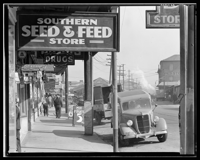 French Market, New Orleans, LA December 1935