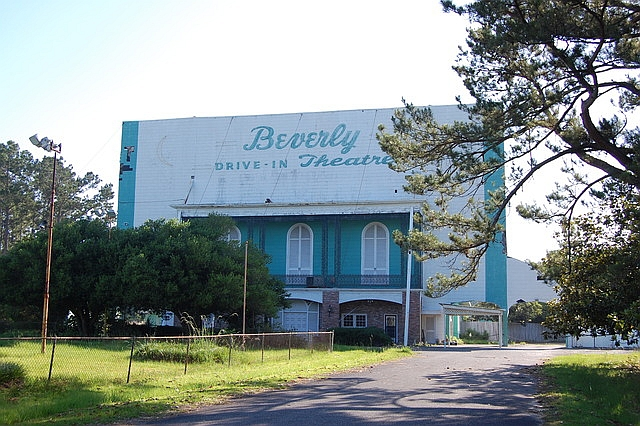 9. Watching a movie at the Beverly Drive-In Theatre.