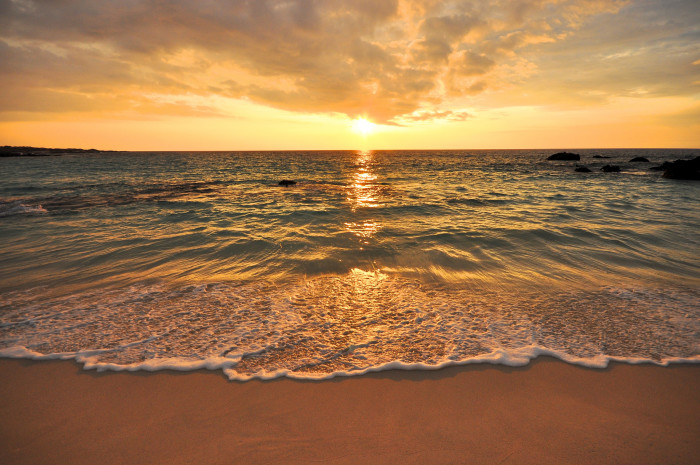 22 Epic Hawaii Beaches To Visit Before You Die