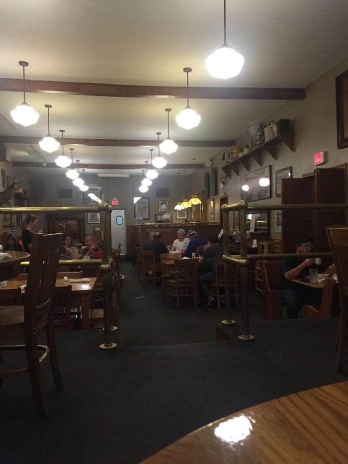 11 Amazing Small Town Restaurants In Missouri