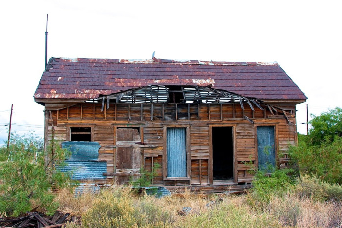 This was once the home of a family, I'm sure. Now it's being ravaged by the earth's elements.