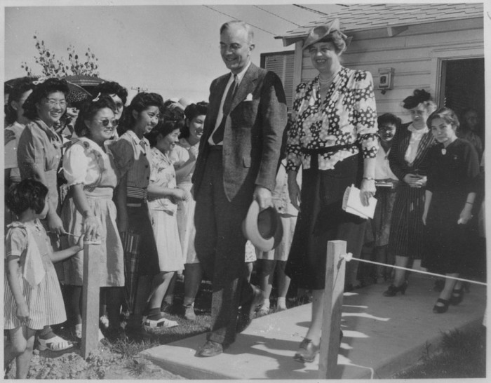 5. Here, First Lady Eleanor Roosevelt visits one of the Japanese internment camps in 1943.