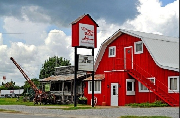 The Red Barn Restaurant Demopolis Al Menu