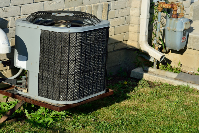 3. Having to use your heater and air conditioner in the same day because of Alabama's unpredictable weather.