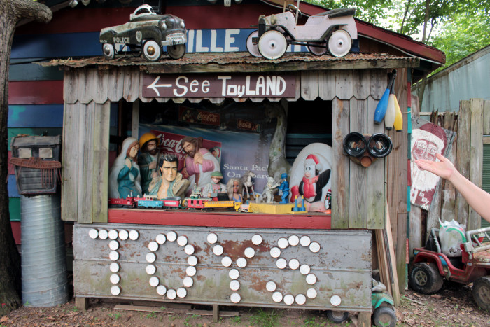 9. Apple Valley Hillbilly Garden and Toyland at 9351 US Hwy 68 W in Calvert City