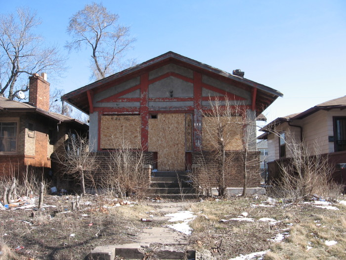 Boarded_up_house_in_Gary_Indiana