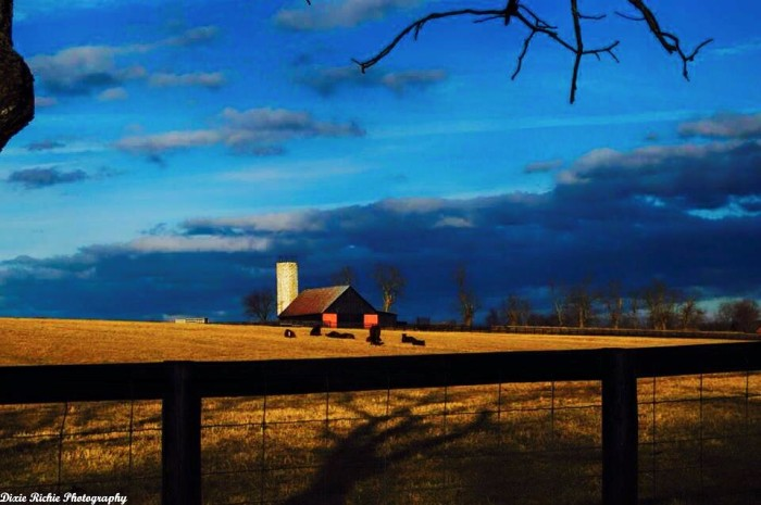 14. Classic red barn farm
