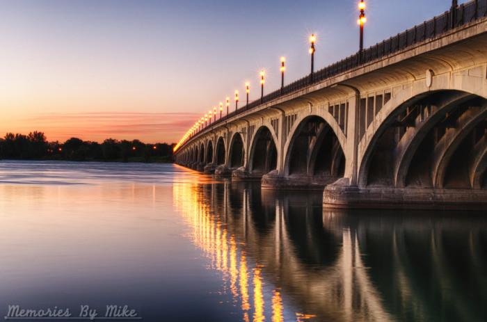 Douglas McArthur Bridge