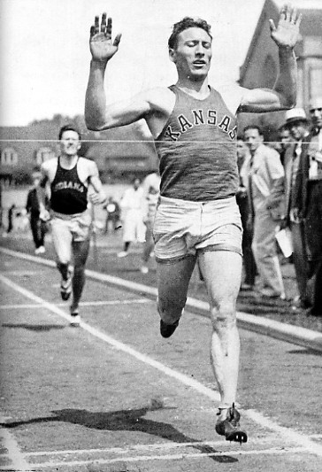 "2. ""Glenn Cunningham competing for the University of Kansas."" (1933)"