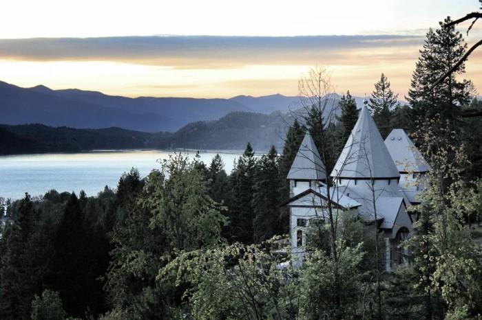 7. The Idaho Castle, Hope