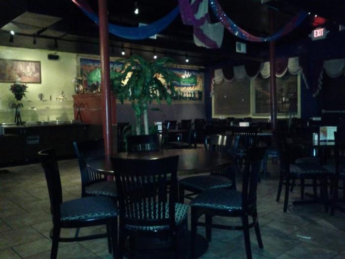 8. India House Restaurant, Sandy