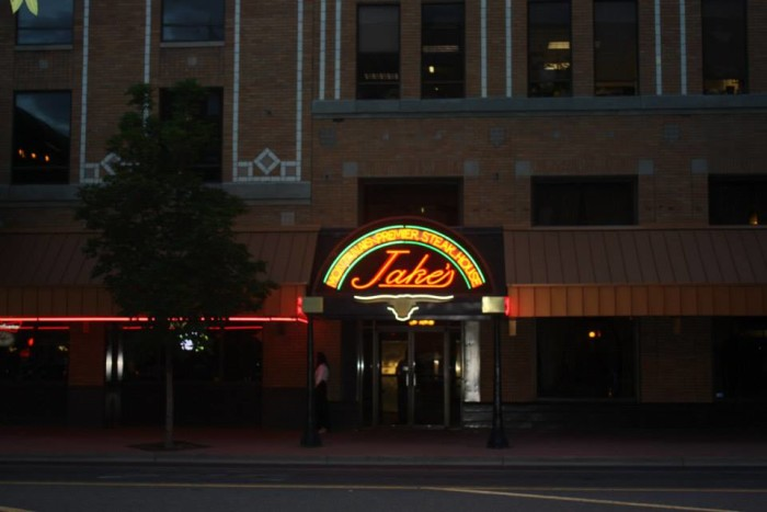 7. Jake's Bar & Grill, Billings