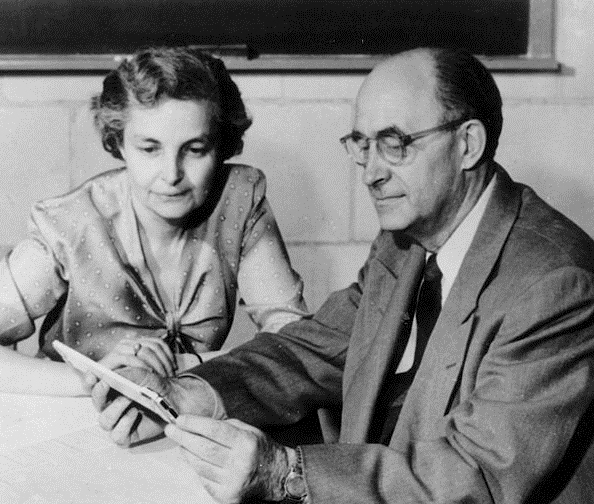 9. Italian physicist Enrico Fermi, who invented the first atomic reactor, with his wife, in Los Alamos.