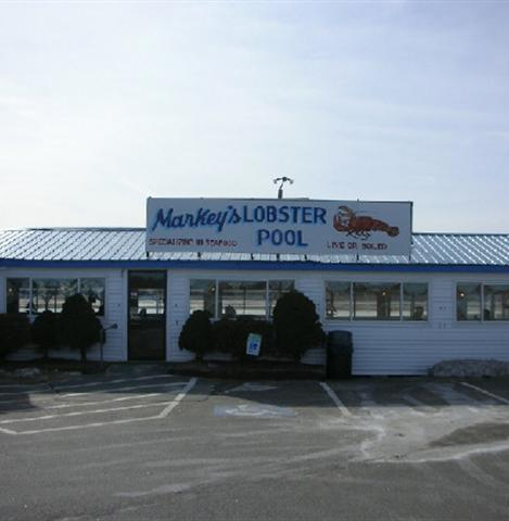5. Markey's Lobster Pool, Seabrook