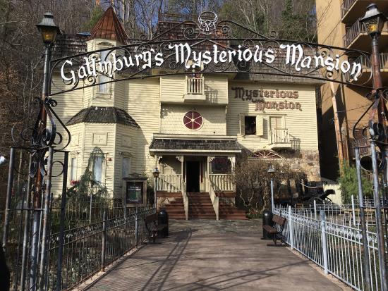 Mysterious Mansion - Gatlinburg