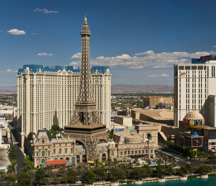 7. Most of the largest hotels in the world are located in Las Vegas.