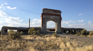 The Spooky Story Behind This Nevada Ghost Town Will Give You Goosebumps