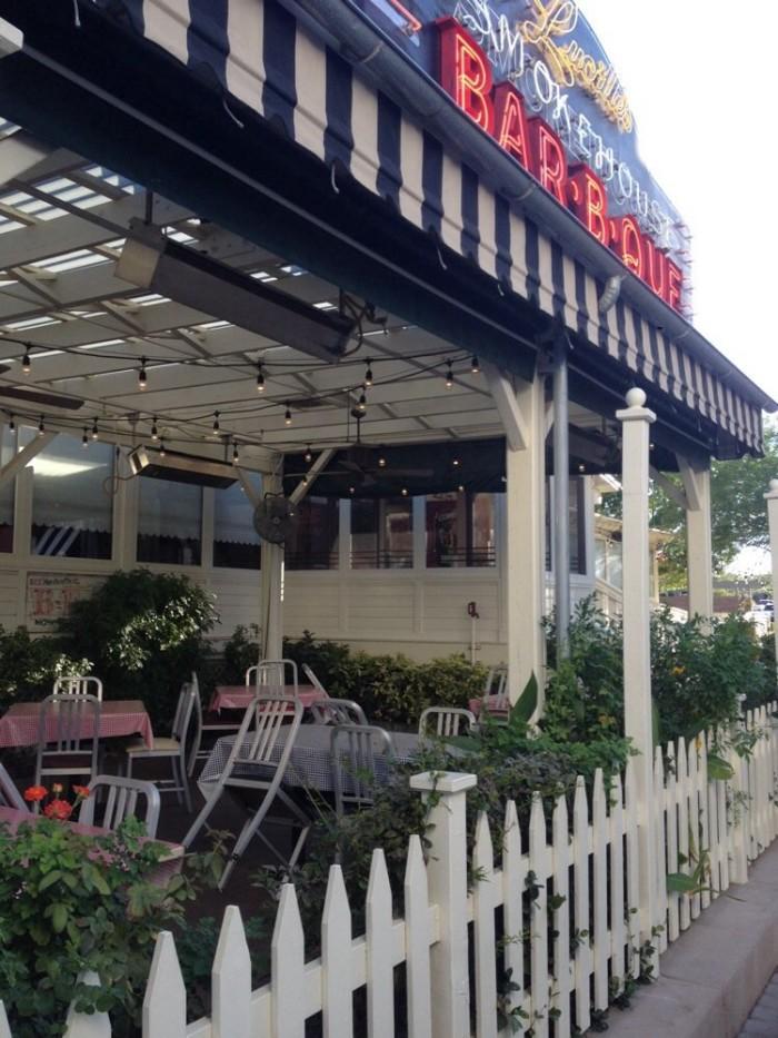 4. Lucille's Smokehouse Bar-B-Que - Henderson