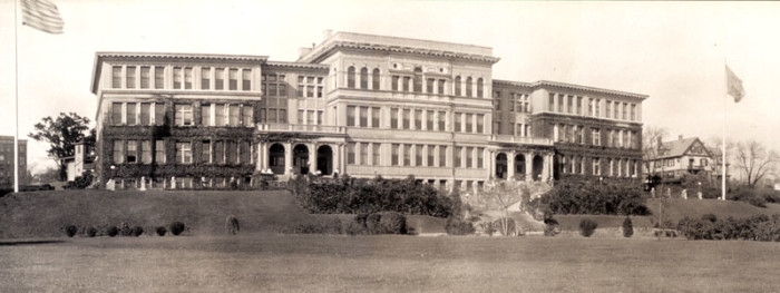 5. Few people know Rhode Island College was orginally named Rhode Island Normal School. Here is what the college looked like in its entirety in 1909.