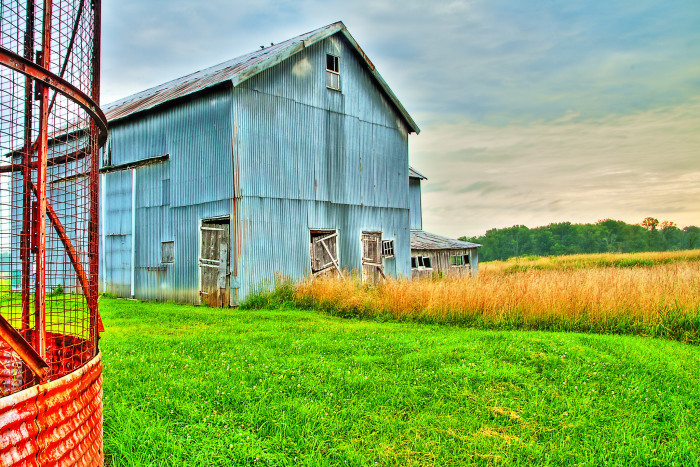 9. Can you believe this beautiful blue barn in Pennington is just miles from Trenton?