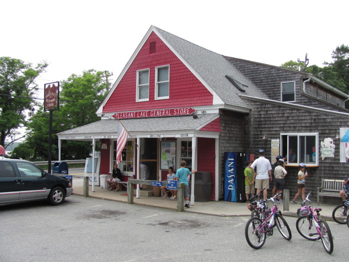 3. Pleasant Lake General Store, Harwich