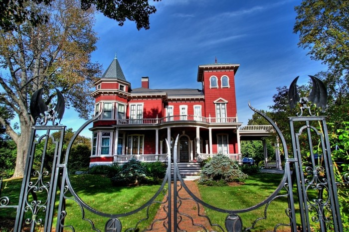 6. Stephen King House, Bangor